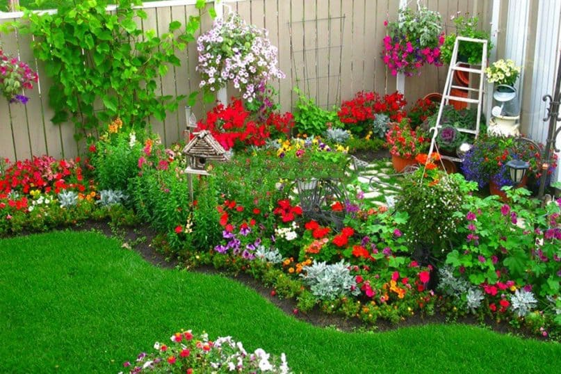 40 Small Garden Landscaping Ideas That you Must Take Note!