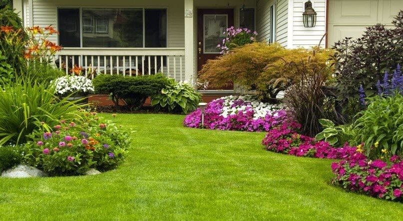 35 Tips To Create and Decor Your Garden This Summer!