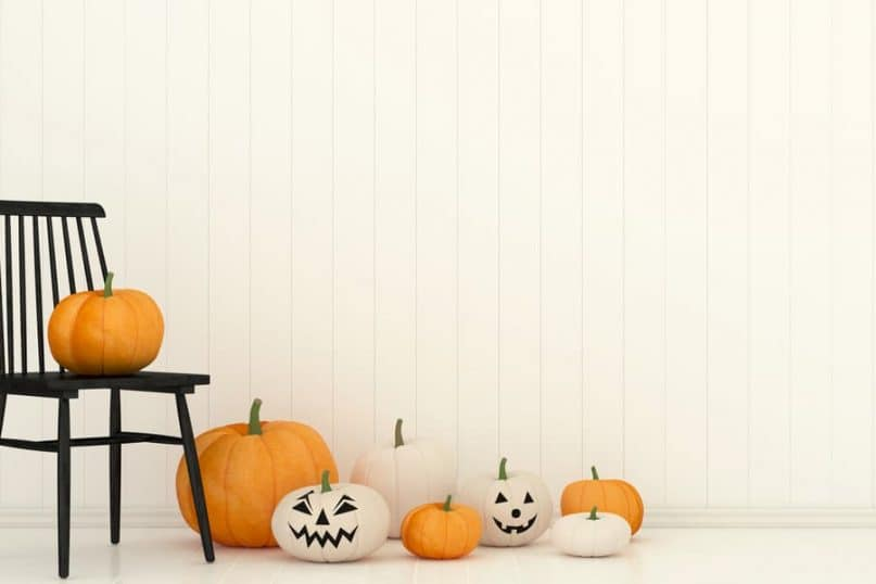 Halloween Decorations that are Super Simple and Creative!